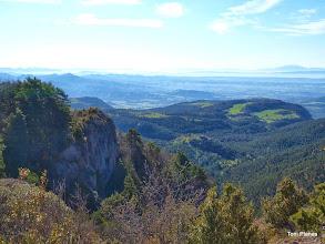 Photo: Els plans de Coforb. A la dreta el Montseny.