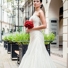 Wedding photographer Aleksandr Tikhonov (Amok). Photo of 09.02.2013