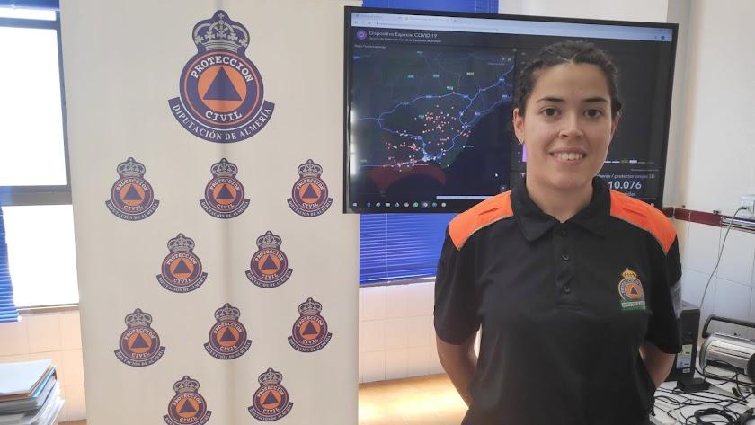 María del Mar Collado Galera, con su uniforme de Protección Civil de la Diputación Provincial.