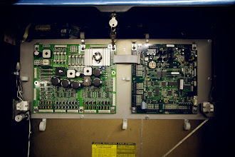 Photo: Motherboards: Note the USB slot in the upper-right corner. Newer pinball machines will be wi-fi enabled!