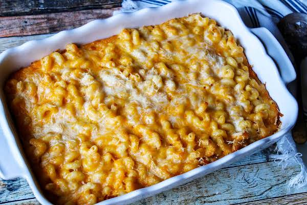 8 Cheese Baked Macaroni Ready To Be Served.