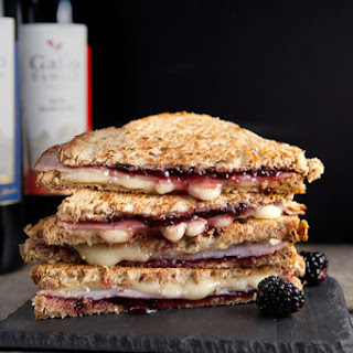 Brie, Ham, and Blackberry Grilled Cheese #SundaySupper