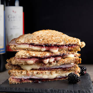 Brie, Ham, and Blackberry Grilled Cheese #SundaySupper.