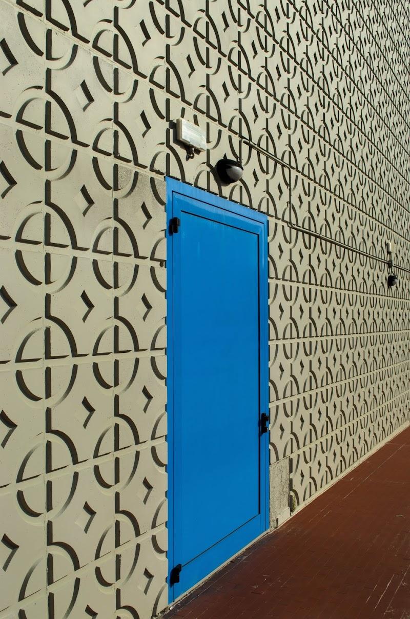 Puerta azul di Moreno re