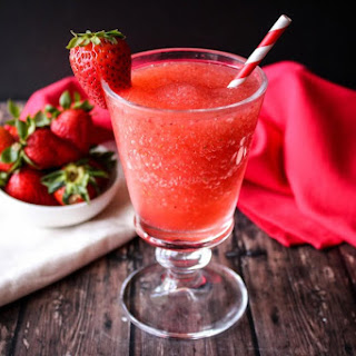 Strawberry Kiwi Schnapps Smoothie.