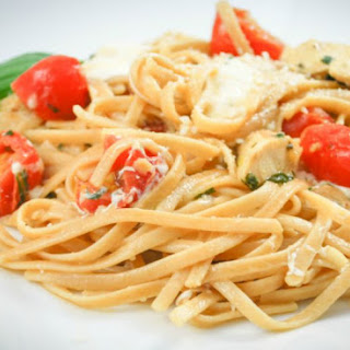 Whole Grain Margherita Linguine with Grilled Chicken