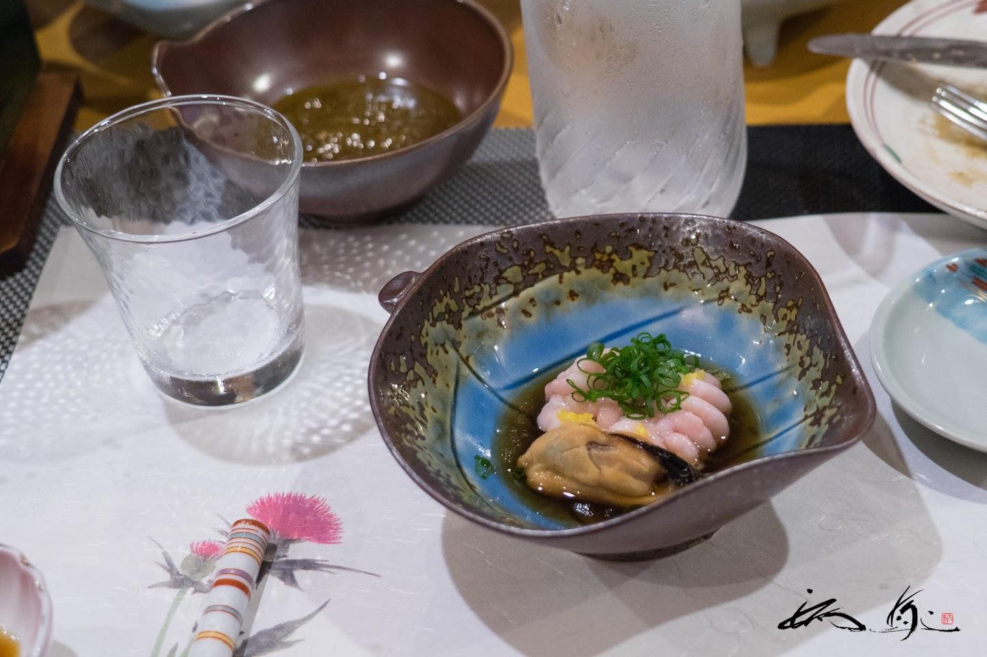 白子と牡蠣の酢の物