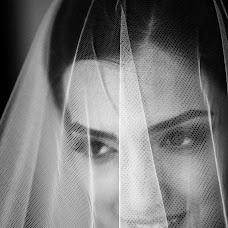 Wedding photographer Vitaliy Verkhoturov (verhoturov). Photo of 23.07.2016