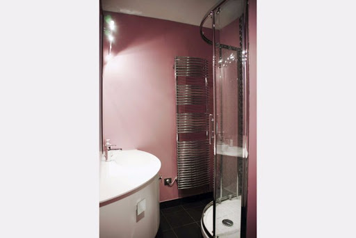 Luxury bathroom at 2 Bedroom Apartment in Louvre Near Seine