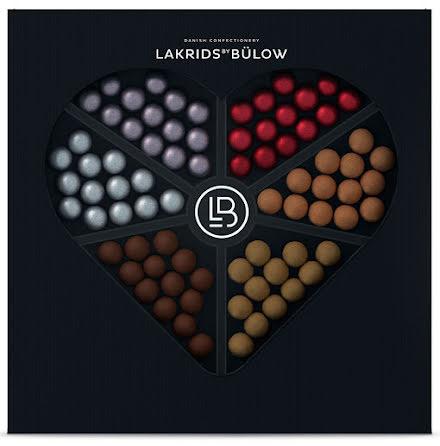 Love selection box 2021 – A, D, F, Classic, Strawberry & cream, Fruity caramel, X-silver - Lakrids by Bülow
