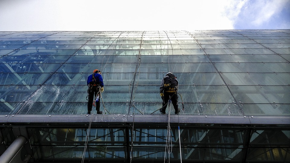 Professional Window Cleaning Service Provider