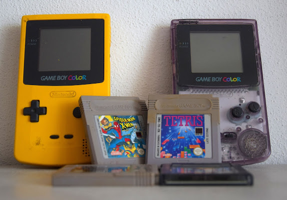 Game Boy Color si gioca di Luciano Fontebasso
