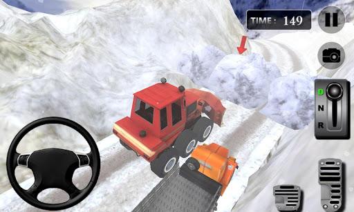リアル冬の雪のトラック運転手