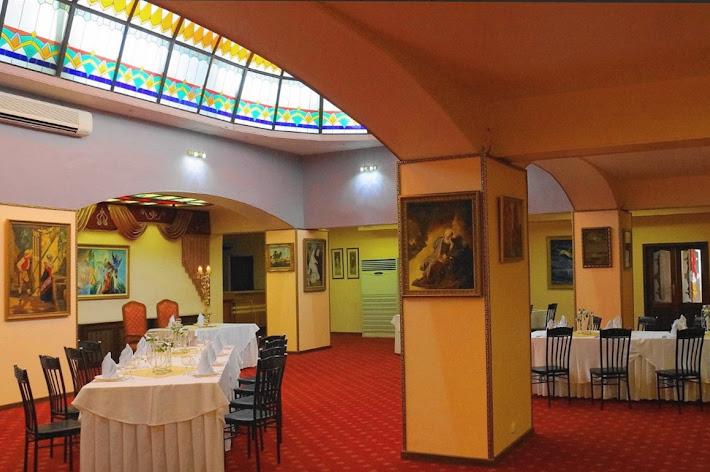 Фото №2 зала Зал «Витражный»