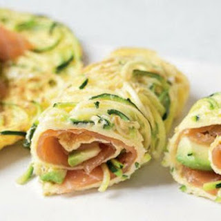 Courgetti Egg Rolls with Smoked Salmon and Avocado Recipe