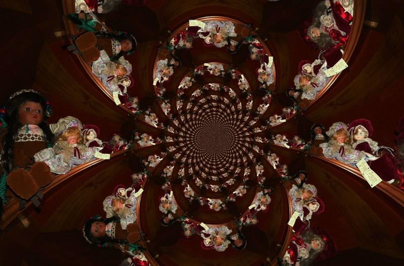 The spiral of dolls di Rossella Valitutti