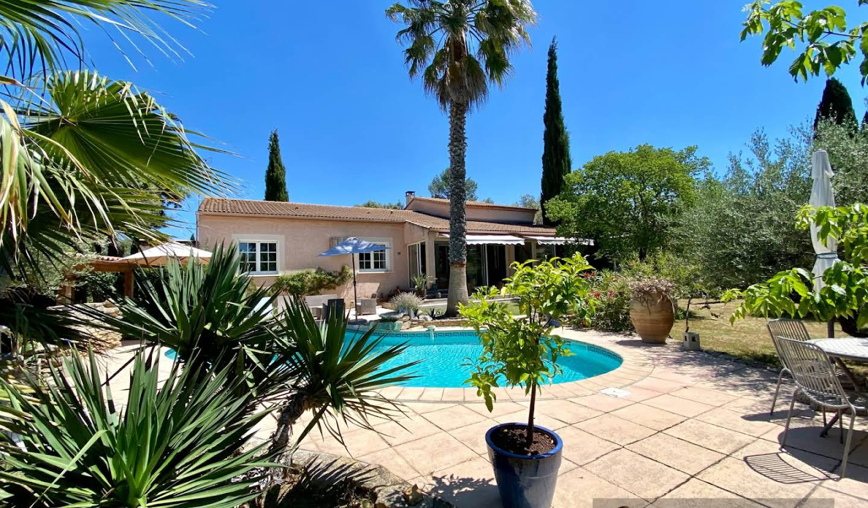 House with pool and terrace Aubais