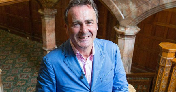 BBC hit by complaints over Flog It! axe