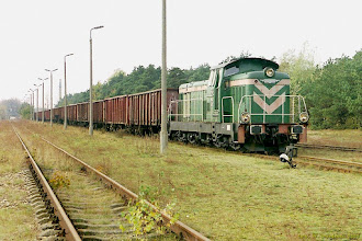 Photo: SM42-457 ze składem próżnych węglarek z EC Toruń Zachód {Toruń Północny; 2003-10-25}
