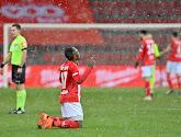 Jackson Muleka n'oublie pas les supporters après son but victorieux lors du choc wallon