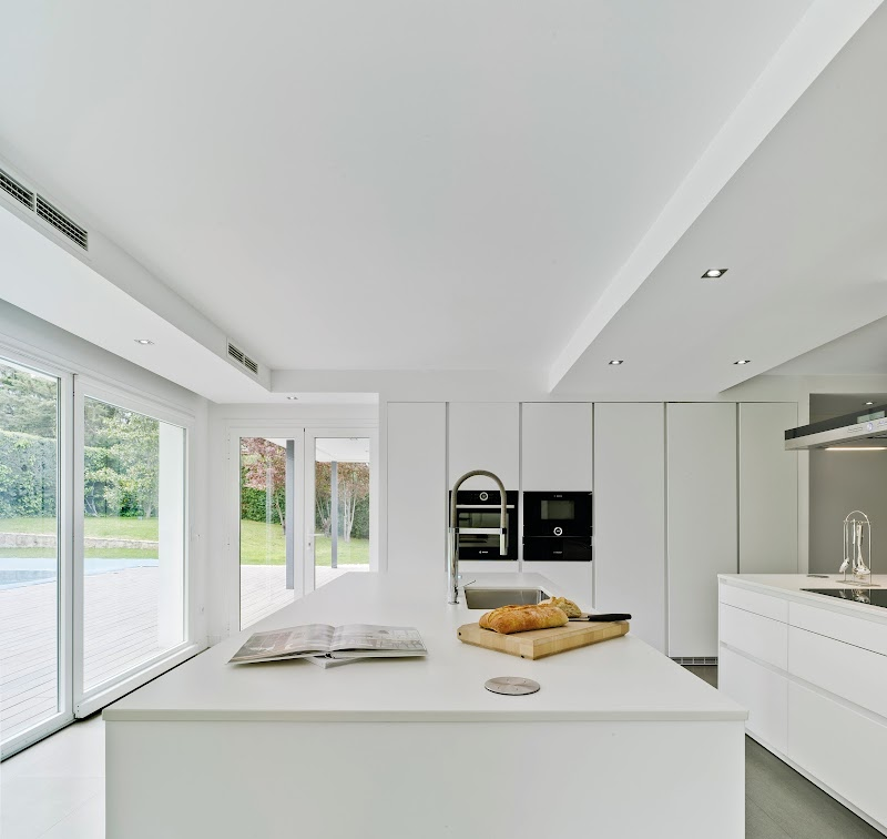 Cocina y comedor en un espacio único - Docrys & DC