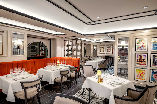 indochine2.jpg - A look at the artsy setting of Indochine Restaurant on MSC Virtuosa.