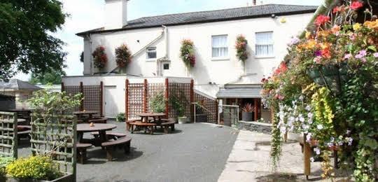 The Weary Ploughman Inn