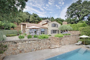 villa à La Garde-Freinet (83)