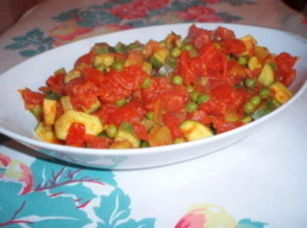 Spiced Zucchini And Peas In Tomato Sauce