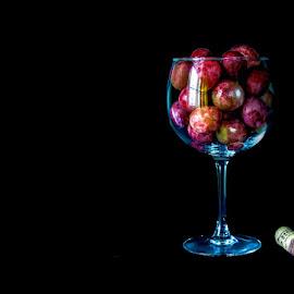 . by Jorge Cal - Artistic Objects Glass ( canon, macro, macro photography, photo, tokina )