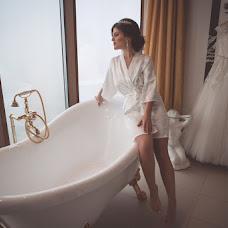 Wedding photographer Svetlana Kondratovich (KONSUELLO). Photo of 04.03.2018