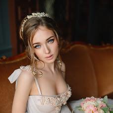 Wedding photographer Alina Paranina (AlinaParanina). Photo of 12.01.2019