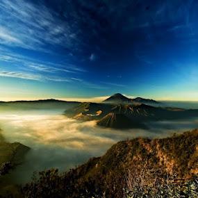 Sunrise @ Bromo by Sigit Setiawan - Landscapes Mountains & Hills ( mountain, indonesia, sunrise, bromo )
