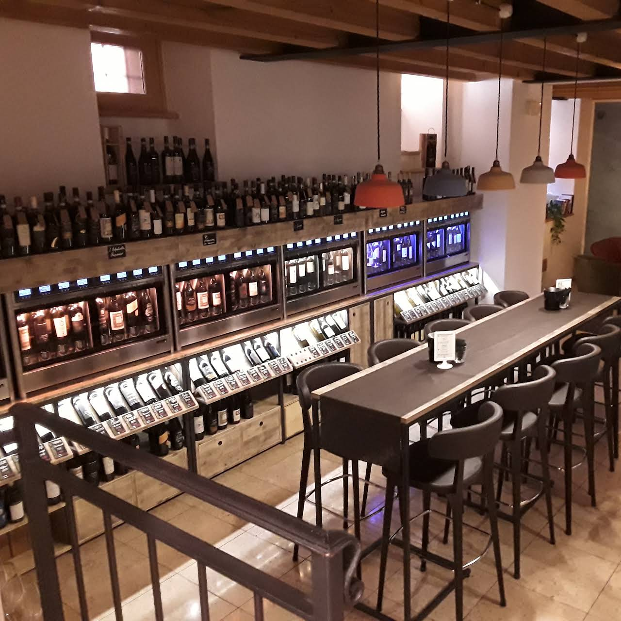 Wine Bar Enoteca con Dispenser Symposio