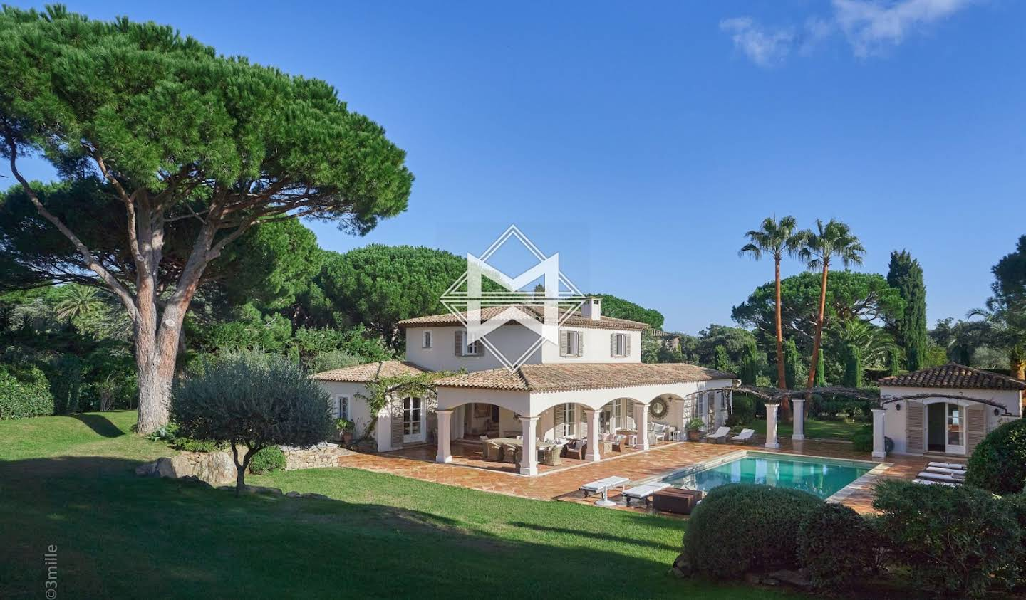 Villa with pool and garden Saint-Tropez