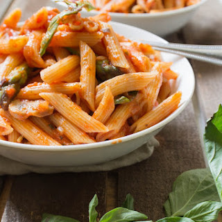 Penne in Spicy Marinara Sauce with Fresh Asparagus and Mushroom