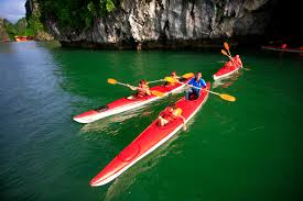 Image result for đi kayak hạ long