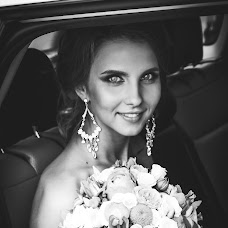 Wedding photographer Margarita Potapceva (MargaretVladi). Photo of 23.08.2016