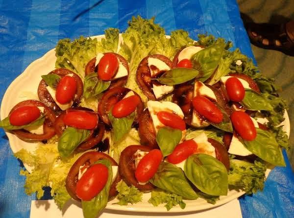 Kumato Caprese Salad Recipe