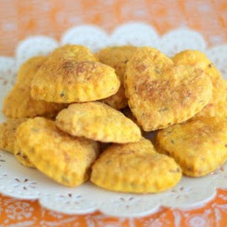 Cheese and Carrot Crackers