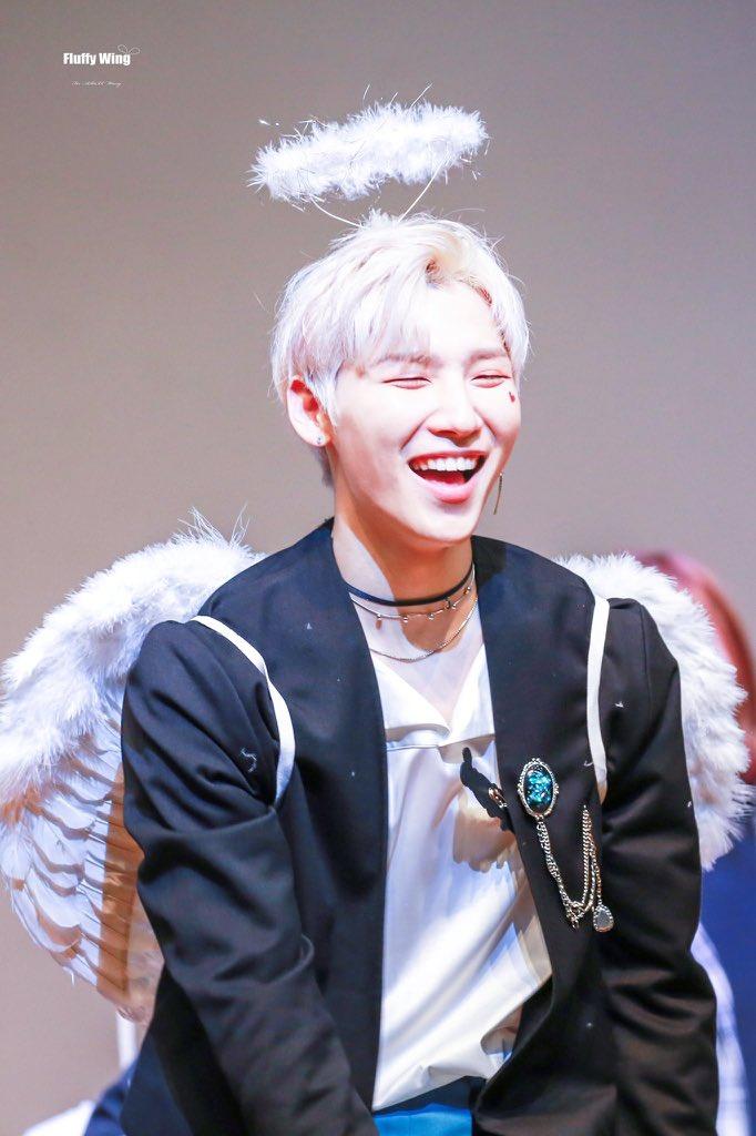 AB6IX Jeonwoong as a happy angel