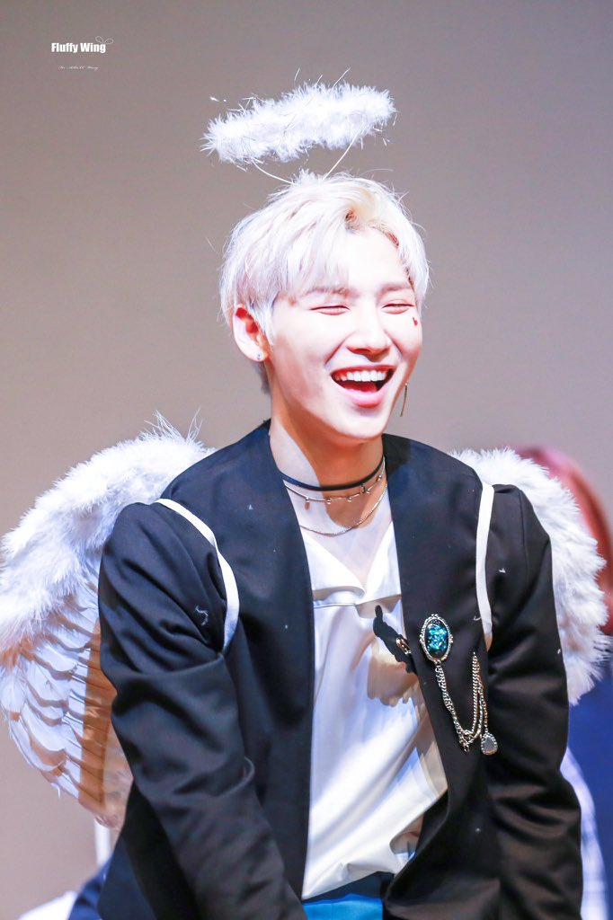 AB6IX Jeonwoong as a happy angel