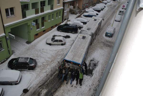 Autobus w śniegu szczecin