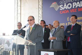 Photo: Secretário do Desenvolvimento Econômico e do Trabalho, Marcos Cintra, discursa durante evento de lançamento do convênio pra implementação do Parque Tecnológico.