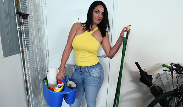 Bangbros - Slamming My Hot Cuban Maid