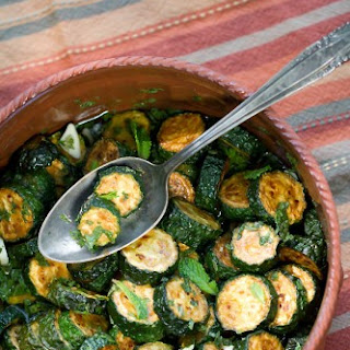 Concia (Fried and Marinated Zucchini)