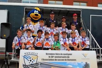 Photo: LAKESHORE M10A Div 1 GOLD MEDALISTS 2015 VARENNES TOURNAMENT
