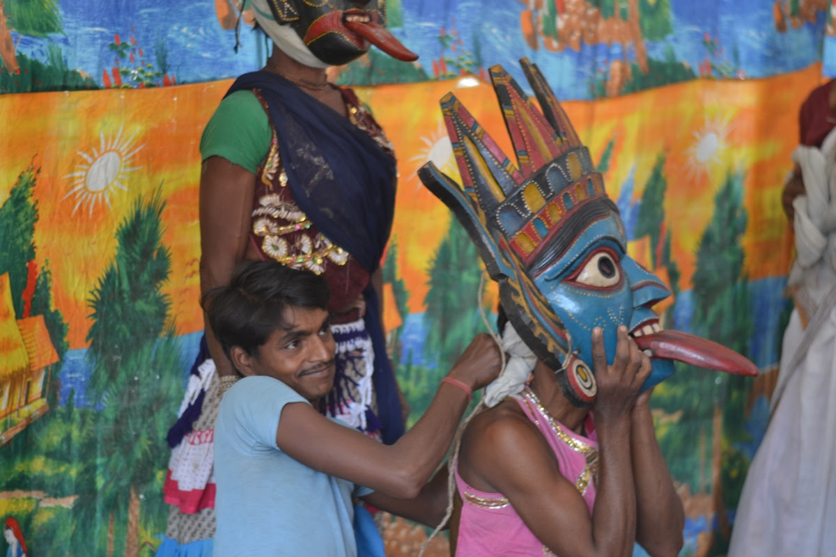 Gomira Dancer - Artist from Dakshin Dinajpur — Google Arts & Culture
