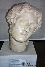 Photo: Marmeren hoofd van een vrouw