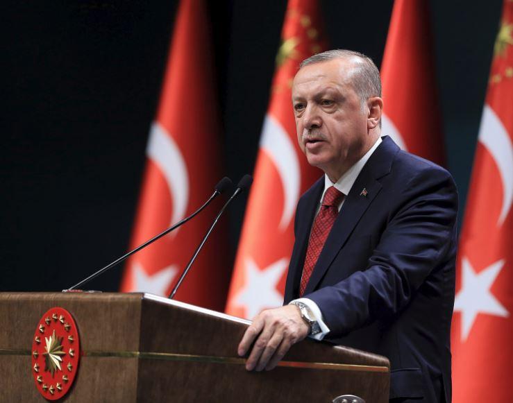Turkey vows retaliation for US sanctions over pastor drama